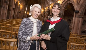 Lady Landale presenting Elaine Walker with her prize